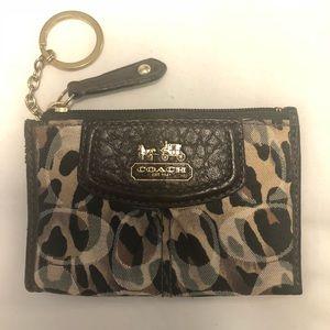 🚨Coach Cheetah Print Coin Purse/Keychain Purse🚨